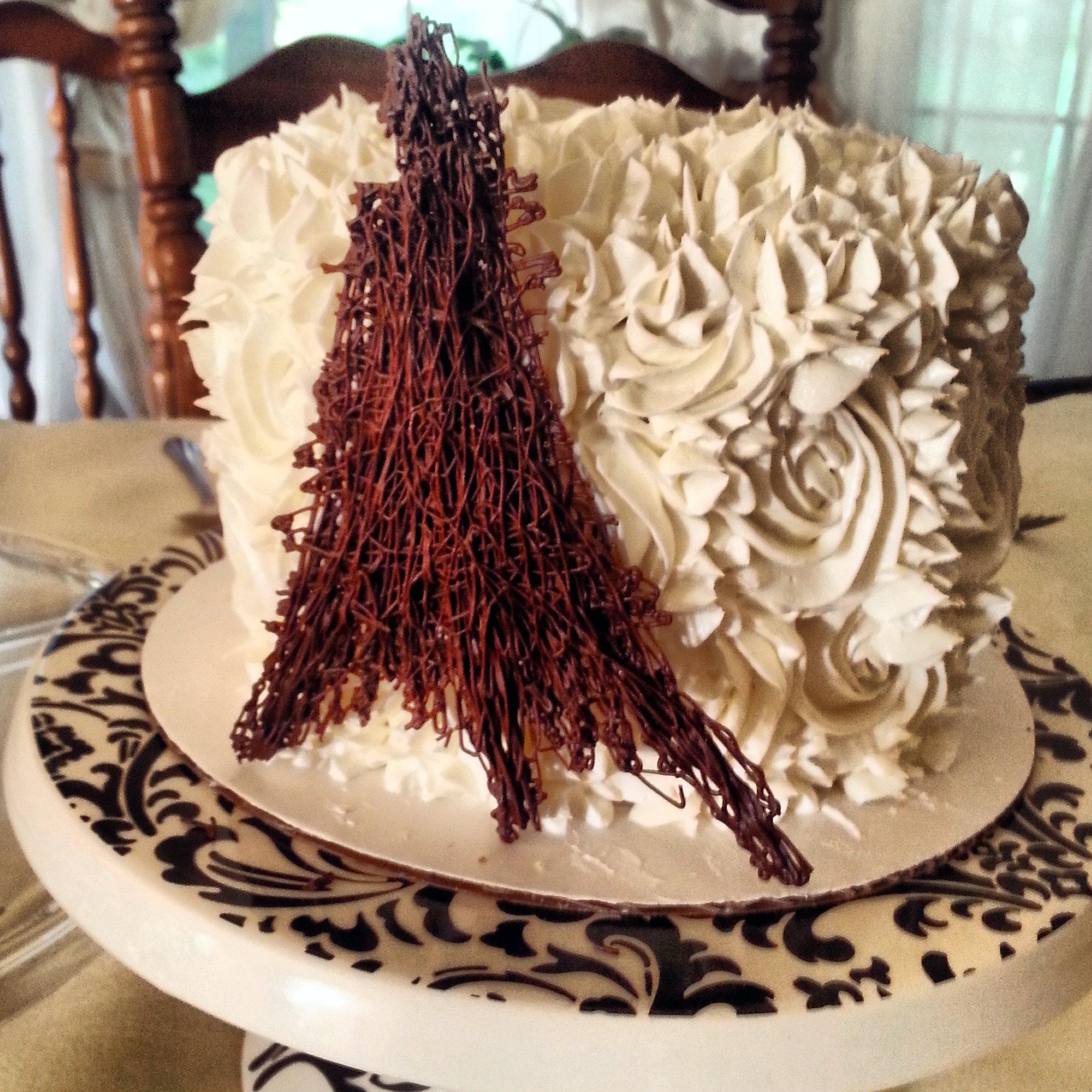 Pretty Little Paris Cakes Savorgoodod